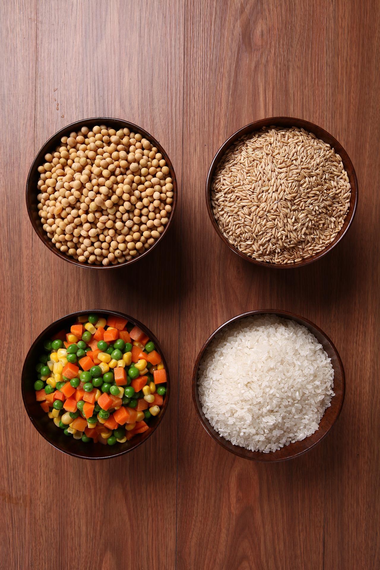 豆類、大豆製品、小豆など
